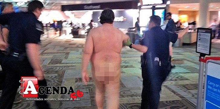 Hombre se desnuda en playa cancun