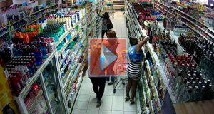 Robo-supermercado