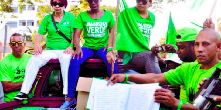 Firmas-libro-verde