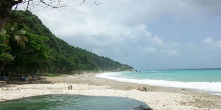Joven-de-19-años-se-ahoga-en-playa-San-Rafael-de-Barahona