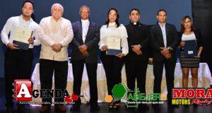 Graduacion-Diplomado-UCNE