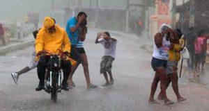 coe-mantiene-alerta-19-provinvias-por-lluvias