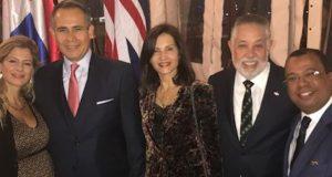 embajada-dominicana-hace-recepcion