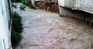 lluvias-producen-indundaciones-e-desbordamientos-de-rios