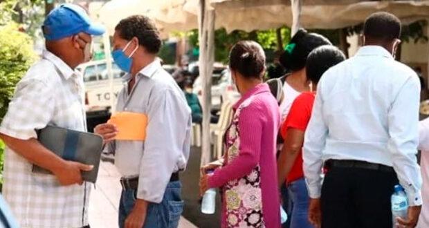 Cientos de Rosario acuden a la Fiscalía a querellarse por estafa - AGENDA 56